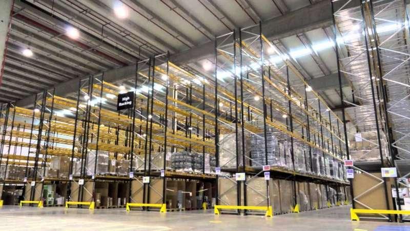 Uno de los almacenes de Amazon. EPDA