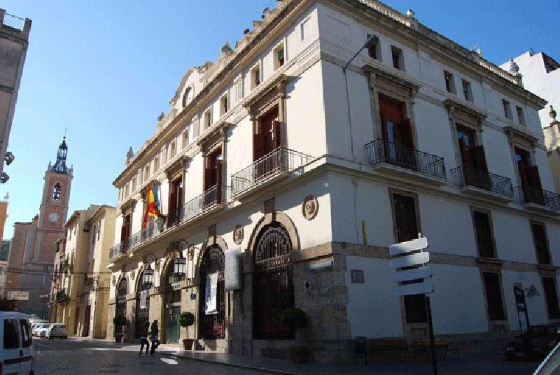 Fachada del Ayuntamiento de Sagunto.
