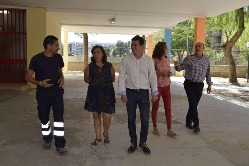 García y Campos, durante la visita. EPDA
