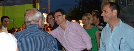 Felipe del Baño -derecha- acompañado por Castellano y Contelles. FOTO EPDA