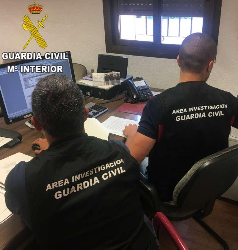 La Guardia Civil detiene a una mujer por 6 estafas para obtener préstamos bancarios en Massamagrell