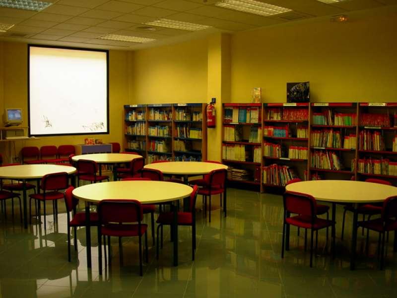 Sala de estudio de la biblioteca Cronista Chabret de Sagunt. EPDA