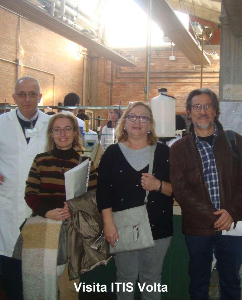 Visitas de tres docentes del IES Federica Montseny de Burjassot.