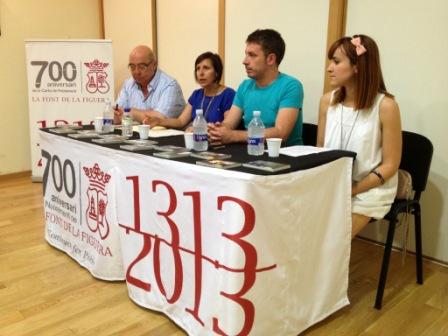 Presentació del Segell dedicat al 700 Aniversari. FOTO: EPDA.