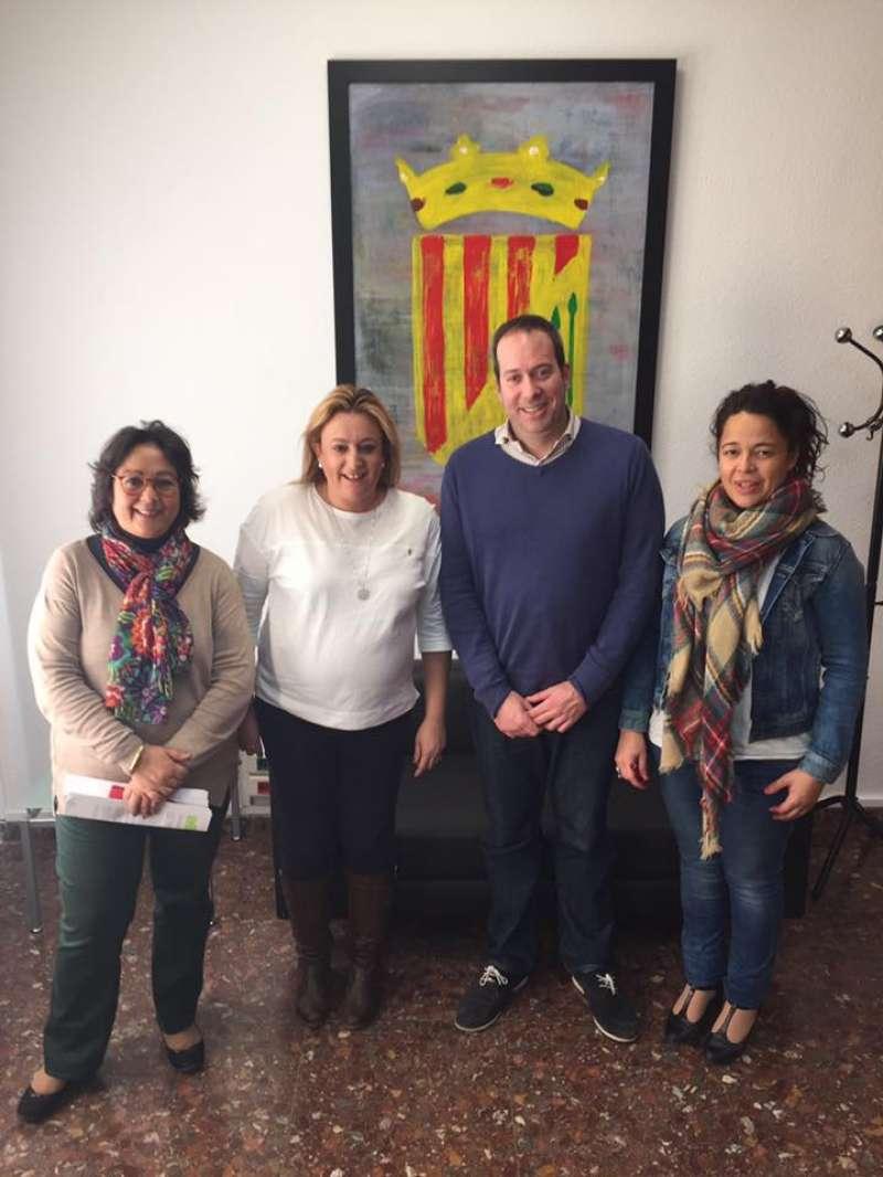 Víctor Navarro i Cristina Ballesteros en el centre. //EPDA
