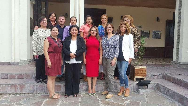 Las representantes de Quart de Poblet se reúnen con diputadas salvadoreñas. EPDA