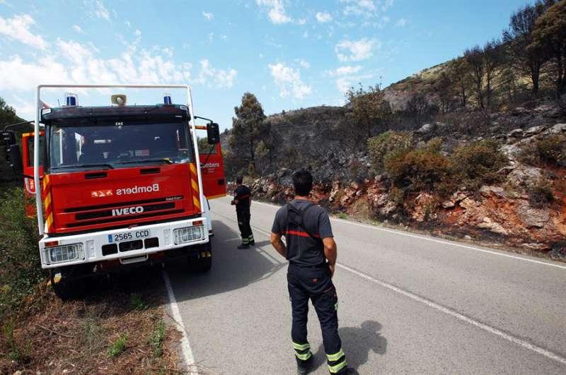 Imagen de archivo de un incendio forestal. EFE/Natxo Francés/Archivo