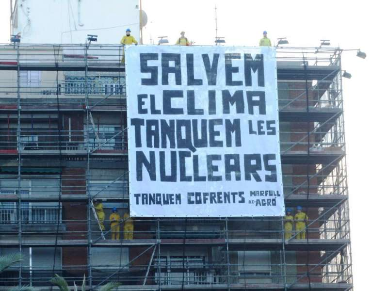 Pancarta en avenida del Cid. EPDA