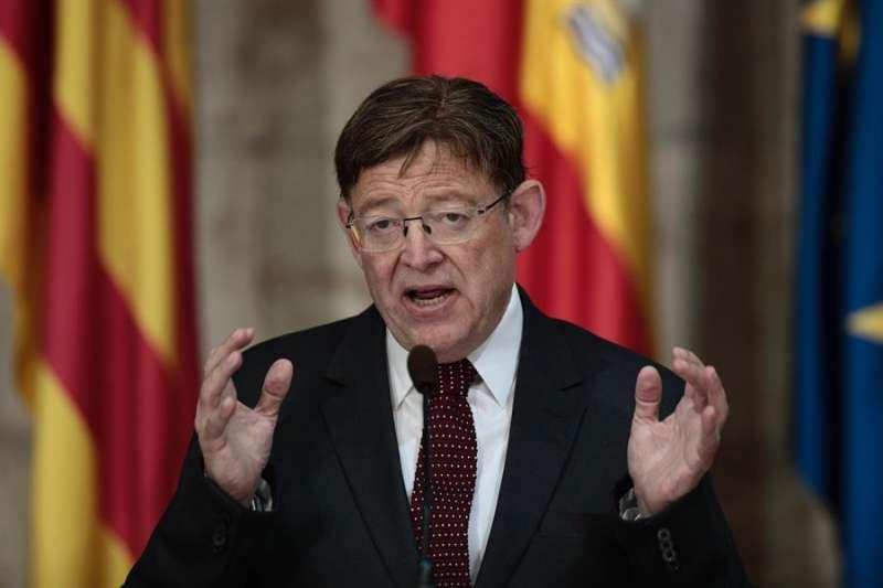 El president de la Generalitat, Ximo Puig, en el Palau, donde ha realizado declaraciones sobre las decisiones del Consejo Europeo. EFE