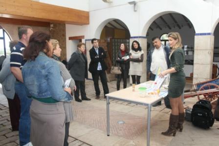 En el mismo museo se ha realizado una demostración de cómo se utiliza el aparato denominado ChufaMix. FOTO: EPDA