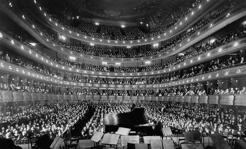Voz, poesía y piano en El Palau de les Arts. EPDA