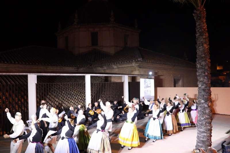 Actuació del Grup de Danses i Rondalla El Tossal