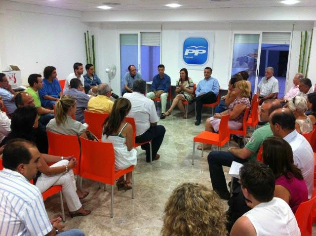 Reunió de afiliats del PP de Torrent. FOTO EPDA