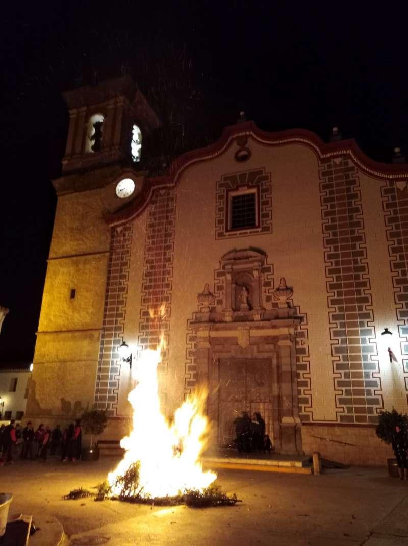 Foguera de Sant Antoni de Petrés. EPDA