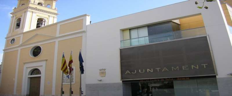 Fachada del Ayuntamiento de Sedaví. EPDA