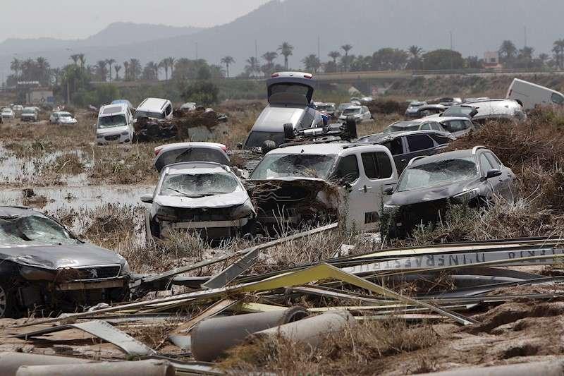 Imagen de archivo de los estragos causados por el desbordamiento del río Segura en Orihuela. EFE/Morell/Archivo