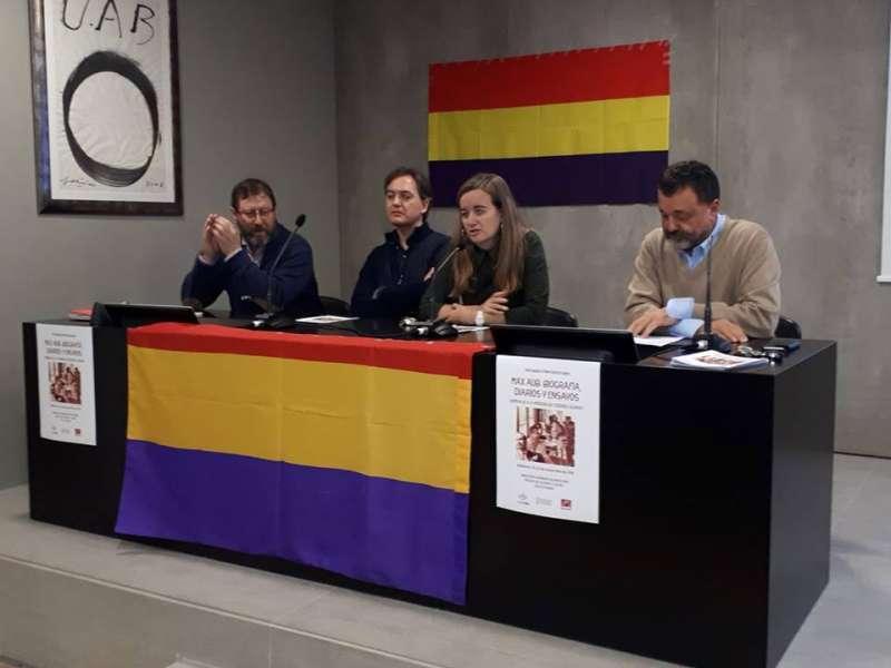 Francisco Tortajada (primero izquierda) en la presentación
