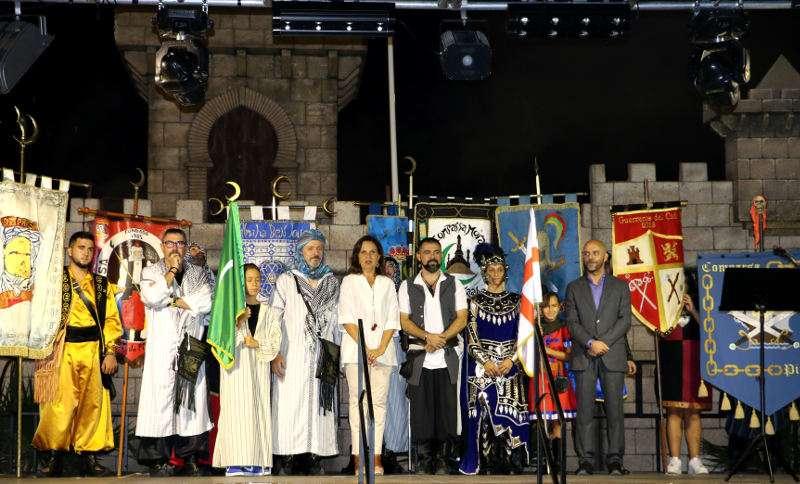 Alcaldesa de Quart de Poblet en el inicio de las fiestas de Moros y Cristianos. EPDA