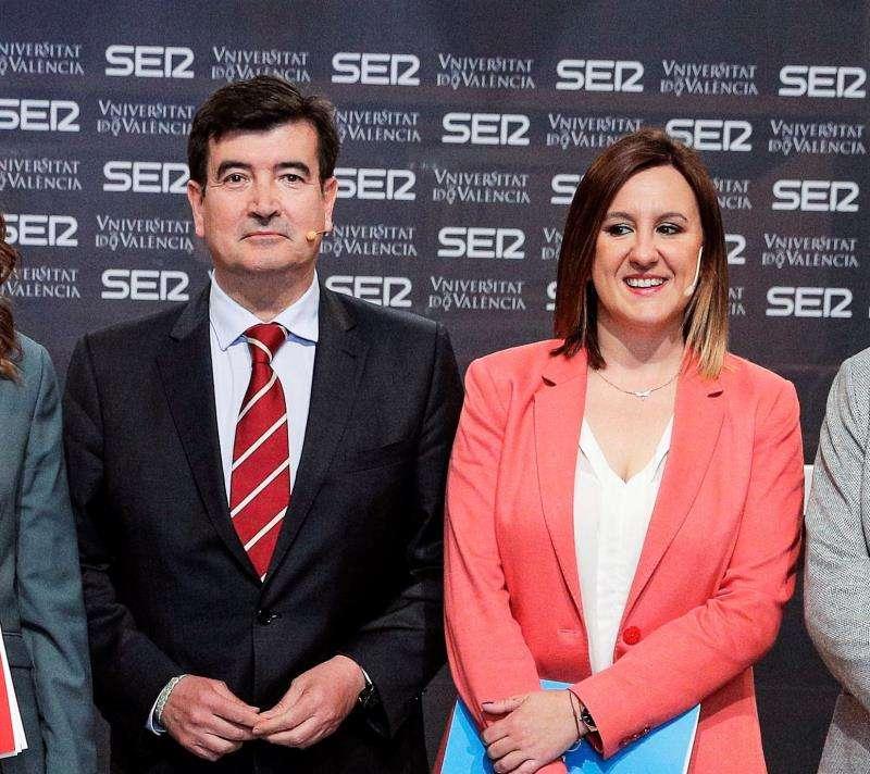 Los portavoces en el Ayuntamiento de Cs, Fernando Giner, y del PP, María José Catalá. EFE/Archivo
