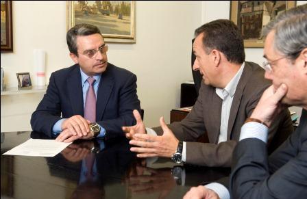 Reunión con el Presidente de la Asociación Valenciana de empresarios de Campings. Foto: Abulaila.