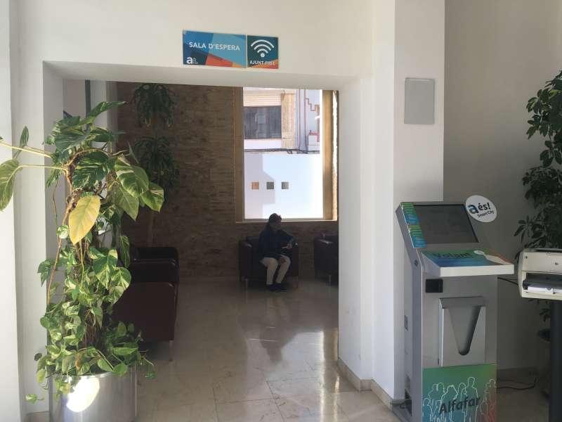 Sala de espera del Servicio de Atención al Ciudadano de Alfafar. EPDA