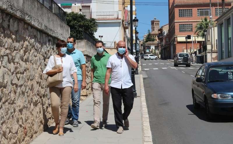 Climent con Huguet en la avenida Navarro Reverter de Segorbe