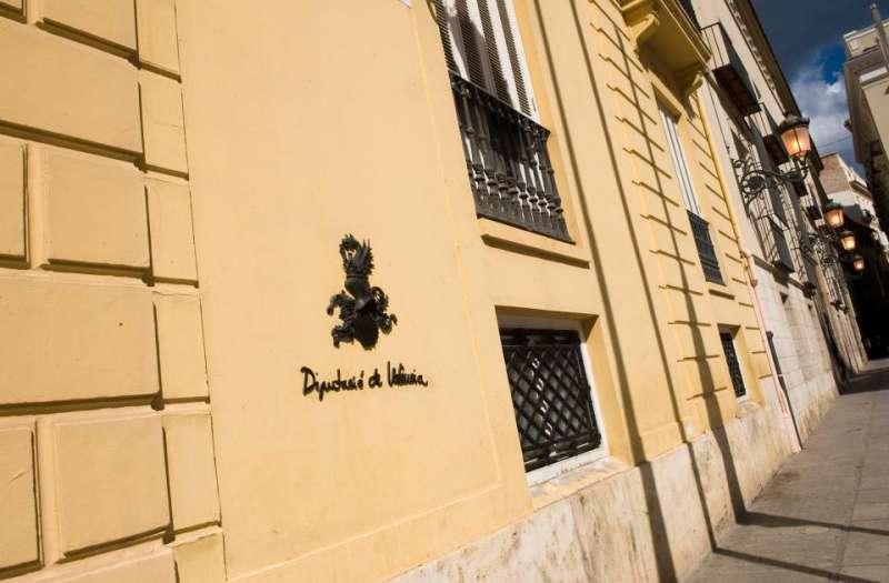 Fachada de la Diputación de València en Plaza de Manises. FOTO DIVAL.ES