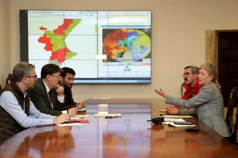 Imagen cedida por la Generalitat de la reunión. EFE