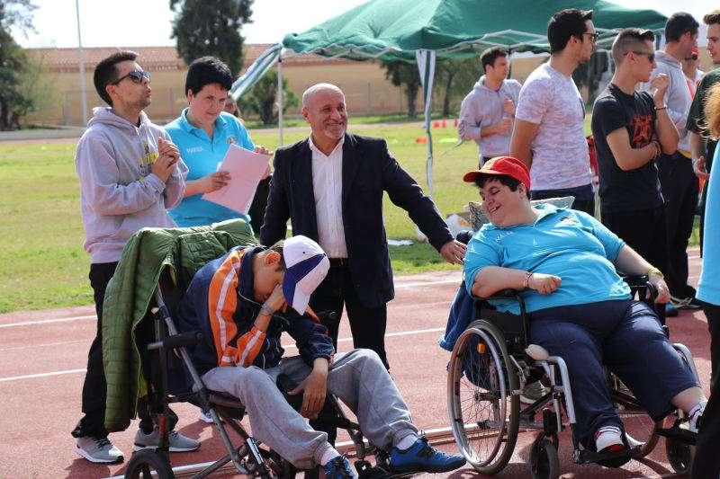El concejal de Atención a las Personas, Francesc Carbonell, en la IV Jornada del Deporte Inclusivo de Torrent. EPDA