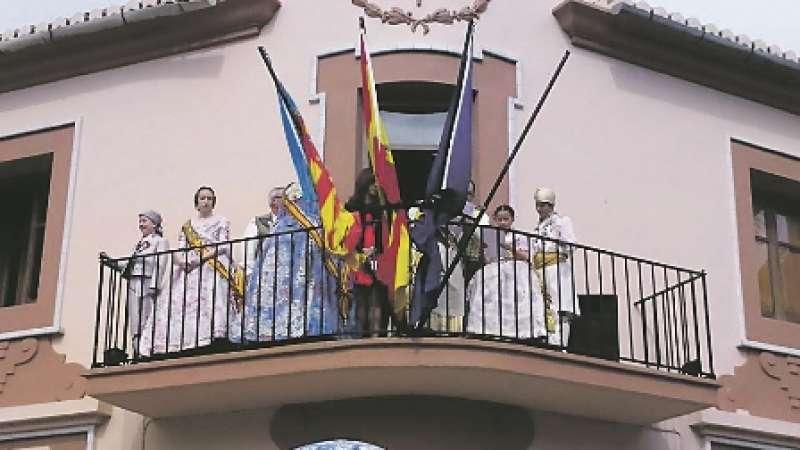 Acto de la Crida desde el Ayuntamiento de Museros. EPDA