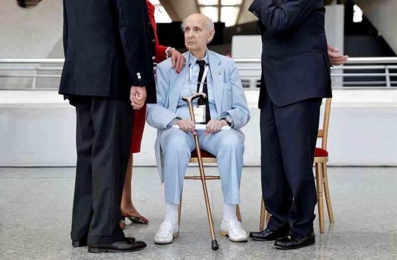 El profesor Santiago Grisolía, fundador de los Premios Premios Rei Jaume I. EFE/Manuel Bruque/Archivo