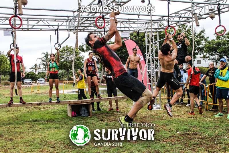 Participantes de la Survivor Race de Gandia. SURVIVOR RACE
