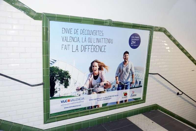 Campaña publicitaria en una de las estaciones de metro. EPDA