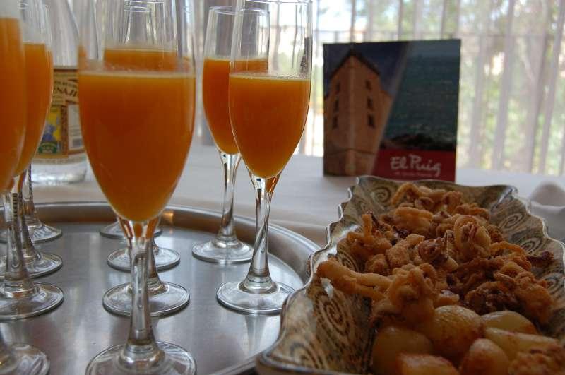 Tras la presentación de las Jornadas Gastronómicas de El Puig, ha habido una degustación. FOTO EPDA