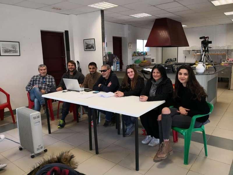 Grupo promotor de la nueva candidatura entre ellos los dos concejales de ADN Sagunto.