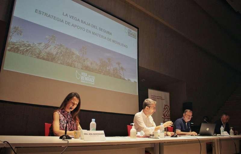Reunión con alcaldes de la Vega Baja