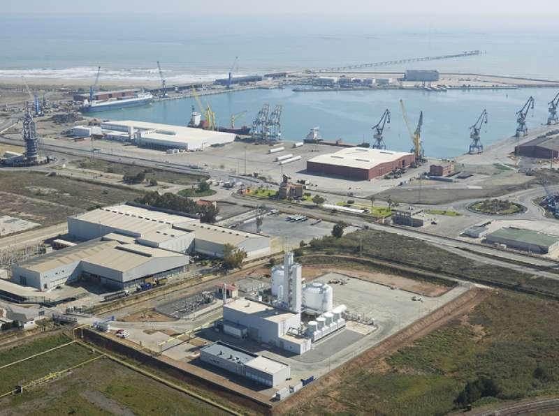 Vista del Puerto de Sagunto.