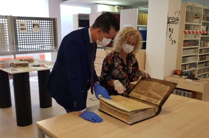 El manuscrito restaurado