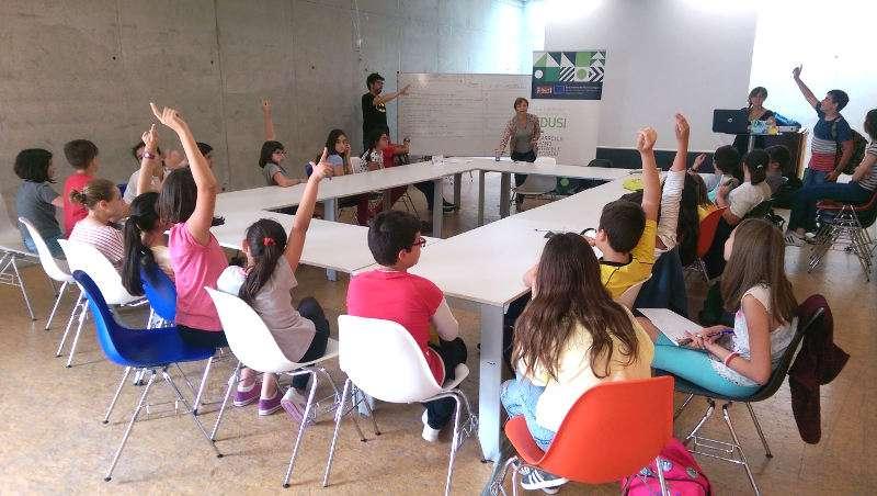 Las consejeras y consejeros del consejo municipal de for Piscina municipal quart de poblet