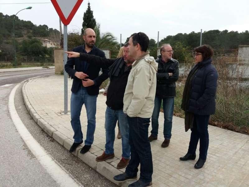 El diputado de Carreteras, Pablo Seguí, en su visita a Sagunto. EPDA