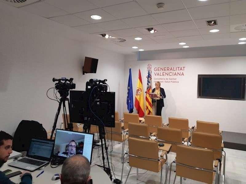 La consellera de Sanidad, Ana Barceló, en la rueda de prensa de hoy, en una imagen compartida por la Generalitat.