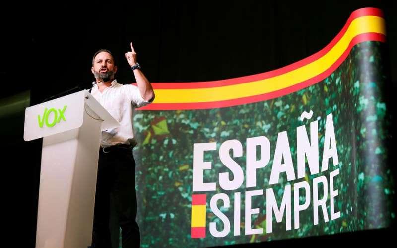 El presidente de Vox, Santiago Abascal, en un acto del partido en Elche (Alicante). EFE/ Manuel Lorenzo