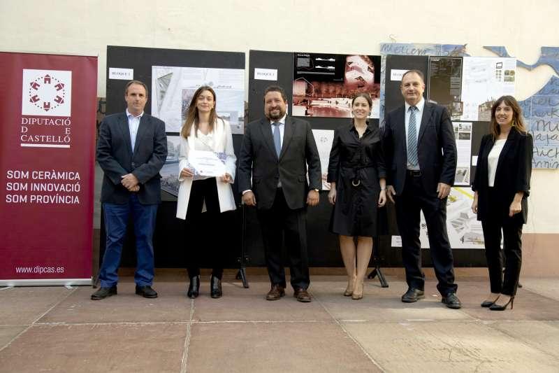 Moliner con Fornas y el equipo ganador del proyecto de Montán