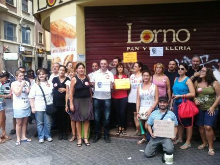 Concentración de los trabajadores de Lorno. Foto EPDA