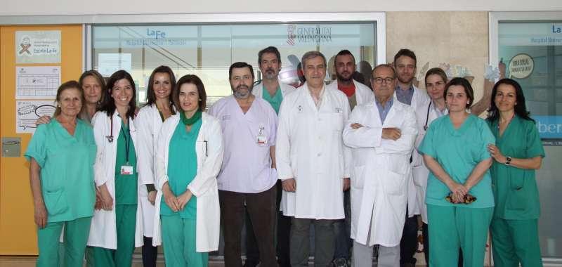 El equipo multidisciplinar del Hospital Universitari i Politècnic La Fe que ha realizado el trasplante