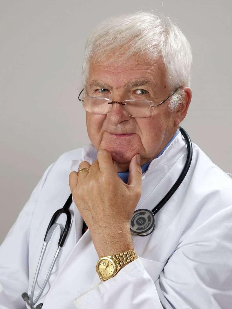 Médico senior. EPDA