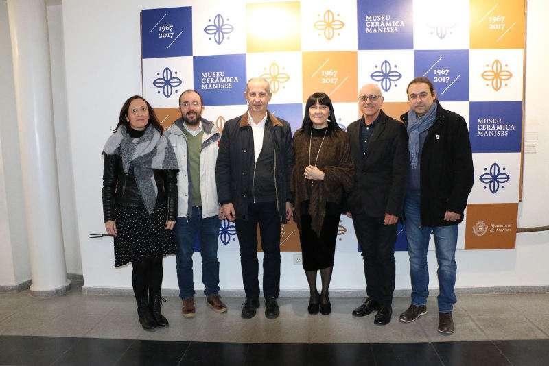 Autoridades del Ayuntamiento de Manises en la presentación del 50 aniversario del Museo de la Cerámica. EPDA