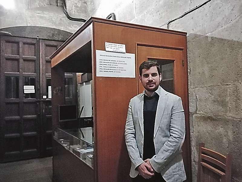 Pascual Torrent , Gestor de visitas del Micalet en la Catedral de València.