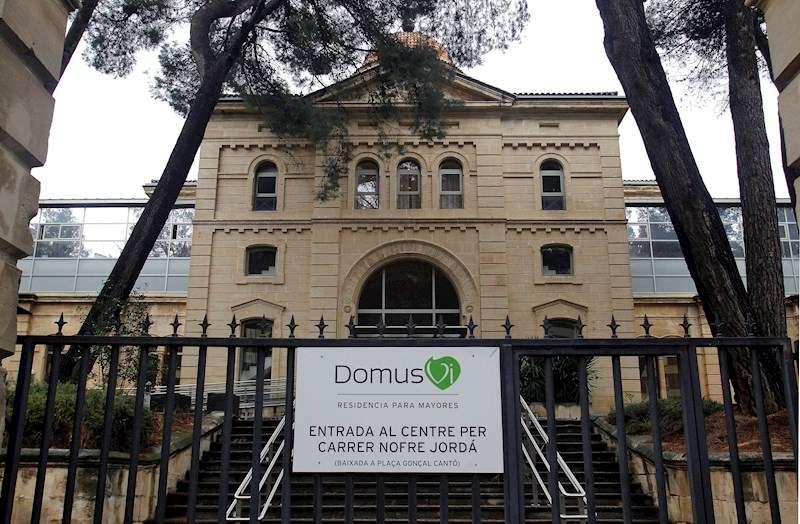 La Conselleria de Sanidad investiga a la residencia de ancianos Domus de Alcoy (Alicante), que ha registrado 28 fallecimientos. EFE