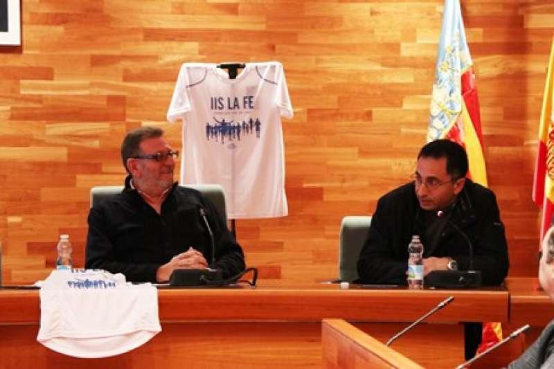 José Morales y Jesús Ros en la presentación de 9km 9 meses. epda
